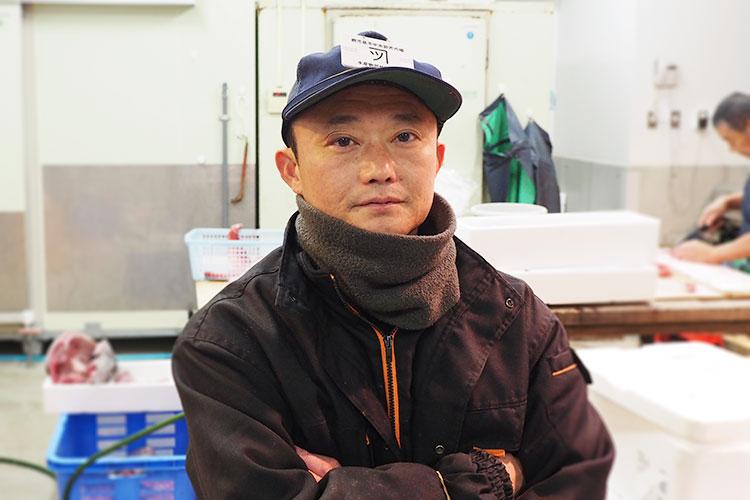 鹿児島魚類市場仲卸津曲商店7代目